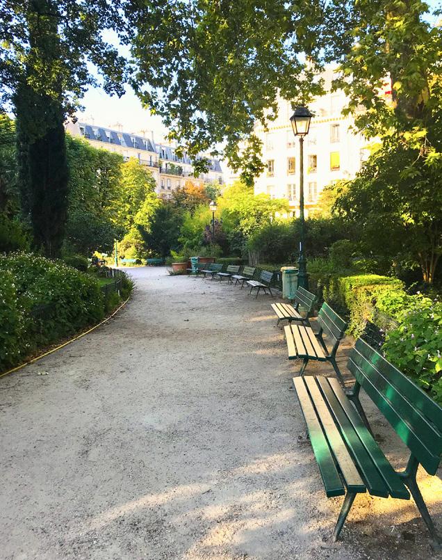 En park i Frankrike. Härlig miljö att skriva i.